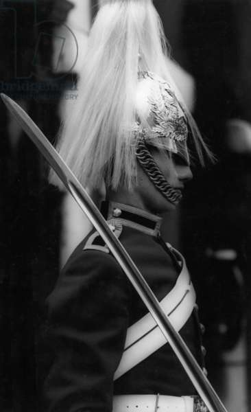 A soldier of the 'Household Cavalry Mounted Regiment' in London, 1967 (b/w photo)