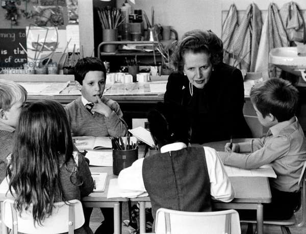 Margaret Thatcher during a visit to the children of British troops in Bergen-Hohne (b/w photo)