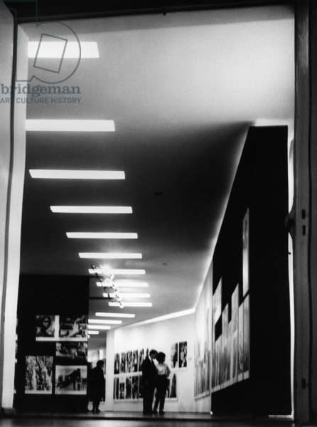 Photo exhibition at the city museum in Munich, 1965 (b/w photo)