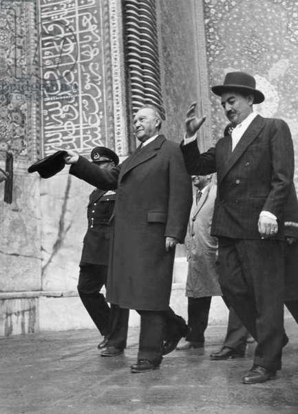 Konrad Adenauer in Isfahan, around 1957 (b/w photo)
