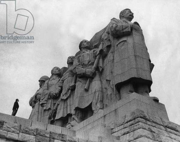 Stalin monument in Prague, 1956 (b/w photo)