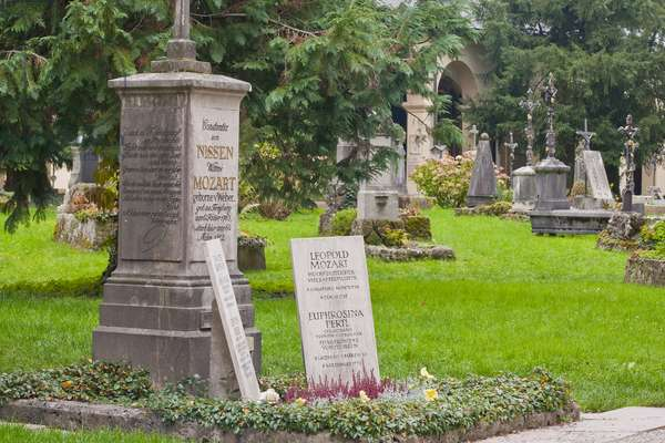 Grave of the Mozart family in the Sebastianifriedhof at the Sebastianikirche, Linzergasse, Salzburg, Austria, 27th October 2013 (photo)