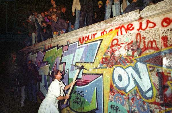 Fall of the Berlin Wall, 1989