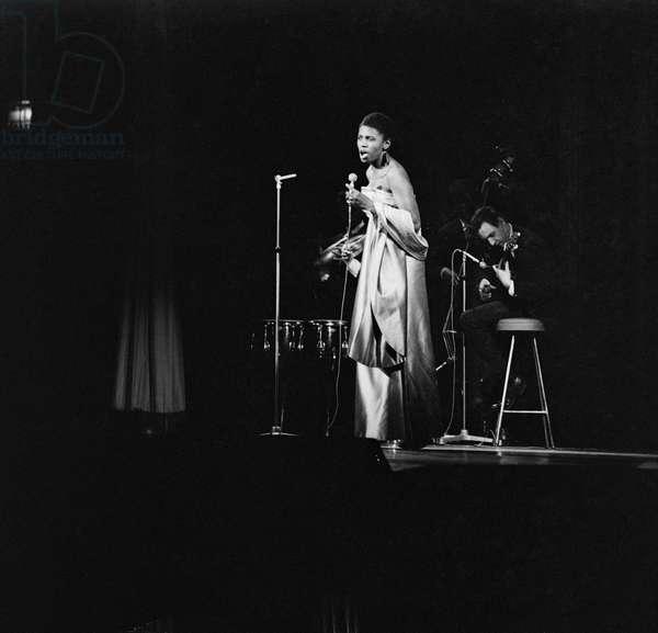 Miriam Makeba in Copenhagen, 1964 (b/w photo)