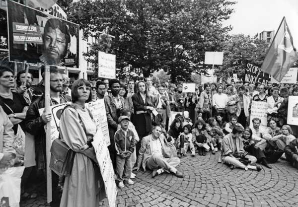 Germans demonstrating for Nelson Mandela to be freed from prison (b/w photo)