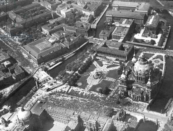 Museum Island in Berlin, 1926 (b/w photo)