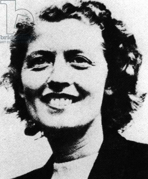 Else Krüger, 1945 (b/w photo)