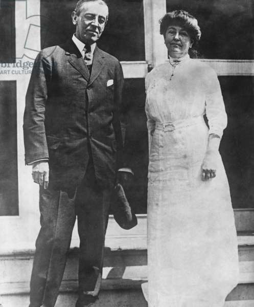 Woodrow Wilson and his wife Edith Wilson (b/w photo)