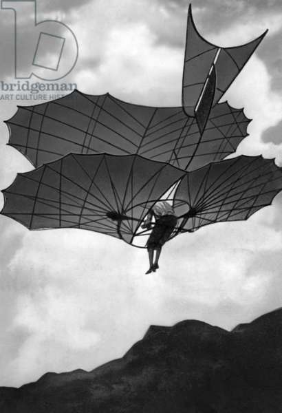 Flying machine built by Otto Lilienthal in Germany, 1900 (b/w photo)