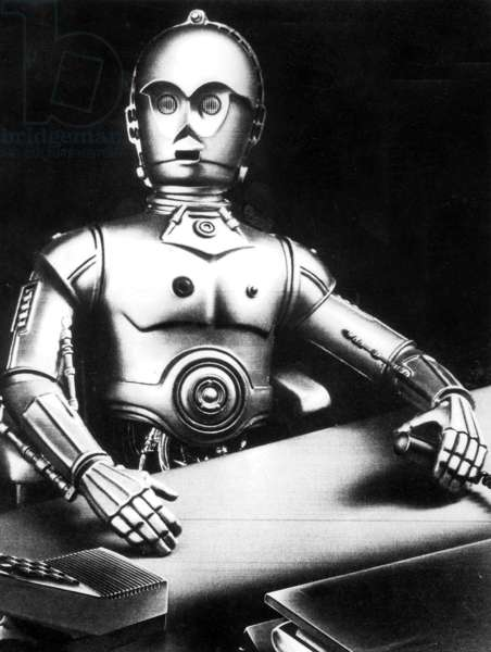 Old photo of a robot (b/w photo)
