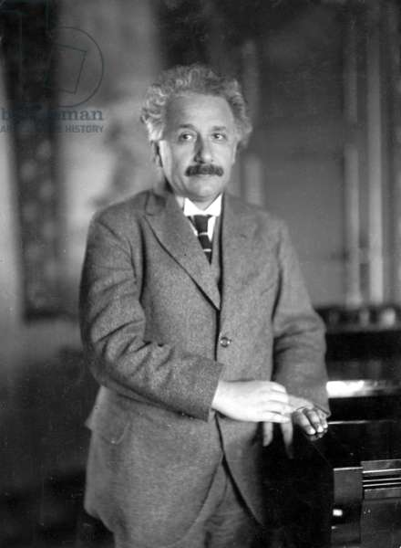 Albert Einstein (b/w photo)