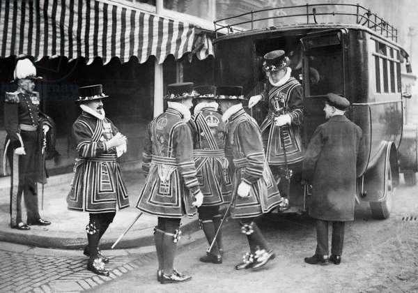 Yeomen of the Guard, 1932 (b/w photo)