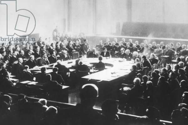 General Assembly of the League Council, 1935/37 (b/w photo)