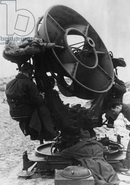 German sound detector on the Atlantic Wall, 1944 (b/w photo)