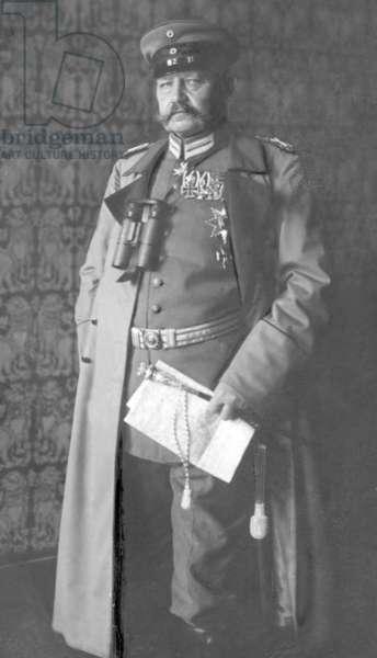 Paul von Hindenburg, 1916 (b/w photo)