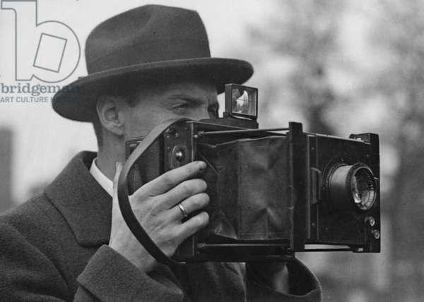 Photographer, 1926 (b/w photo)