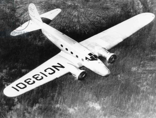Boeing 247, 1933 (b/w photo)