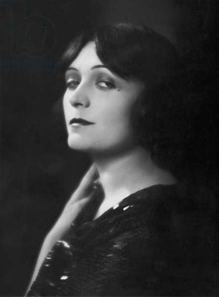 Pola Negri, 1929 (b/w photo)