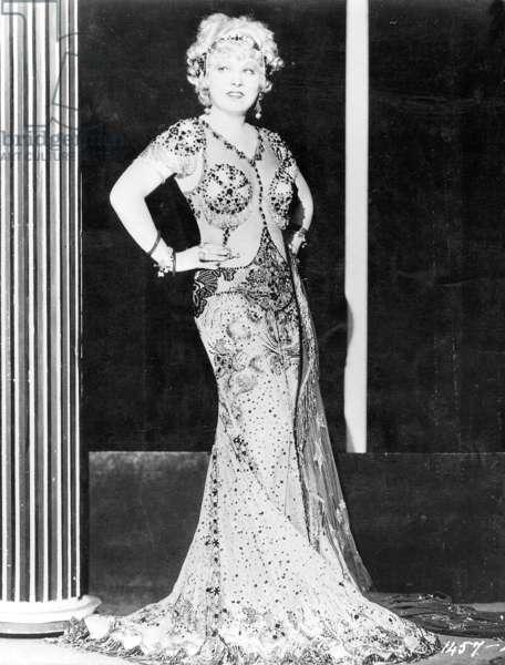 """Mae West in """"I'm No Angel"""", 1933 (b/w photo)"""