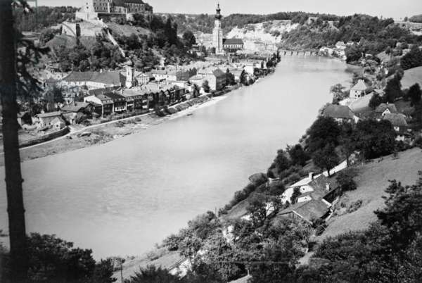 Burghausen an der Salzach, 1939 (b/w photo)