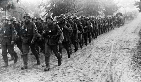 A German infantry column on the first day of the war, 1st September 1939 (b/w photo)