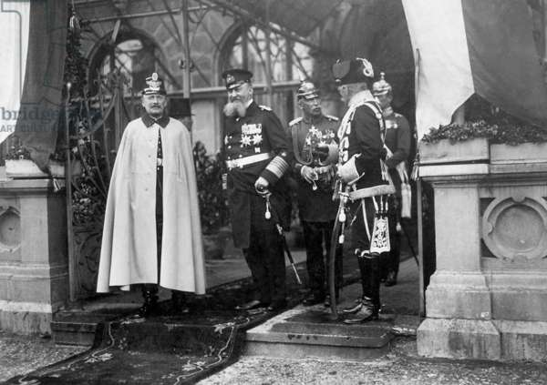 Friedrich August III, Alfred von Tirpitz and August von Mackensen in Gdansk, 1912 (b/w photo)
