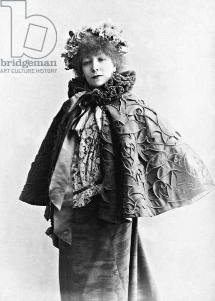 Sarah Bernhardt, 1896 (b/w photo)