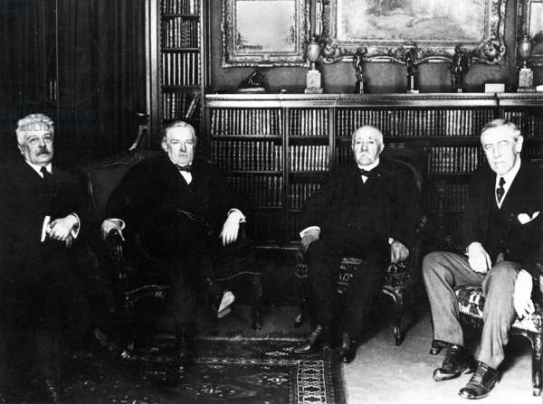 The allied statesmen Orlando, George, Clemenceau, Wilson at Versailles (b/w photo)