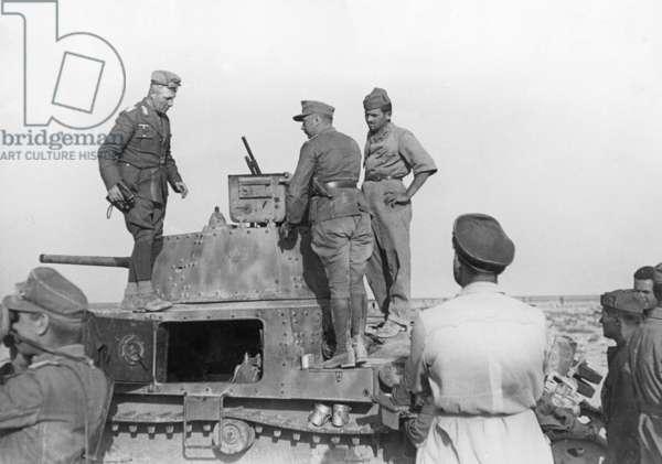 Erwin Rommel visits Italian troops in Africa, 1941 (b/w photo)