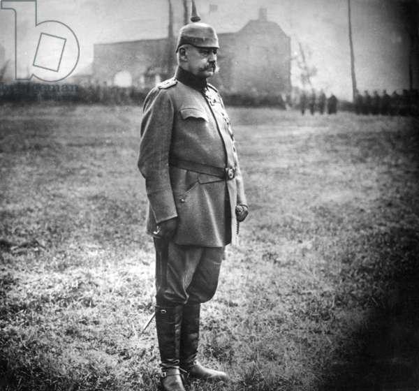 Paul von Hindenburg, 1914  (b/w photo)