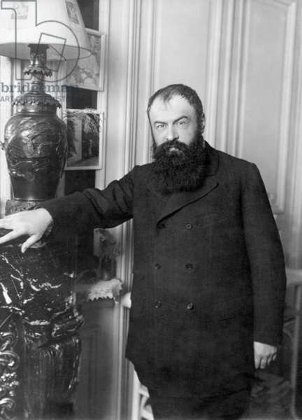 Tristan Bernard, 1909 (b/w photo)