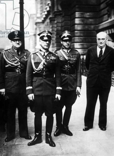 Members of the Polish government-in-exile (b/w photo)