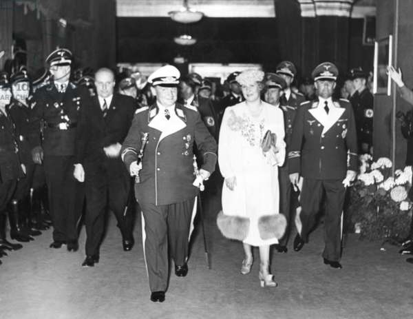 Hermann and Emmy Goering with Paul Koerner and Karl-Heinrich Bodenschatz in Berlin, 1939 (b/w photo)