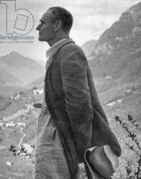 The German writer Hermann Hesse during a hike in Ticino, 1930 (b/w photo)