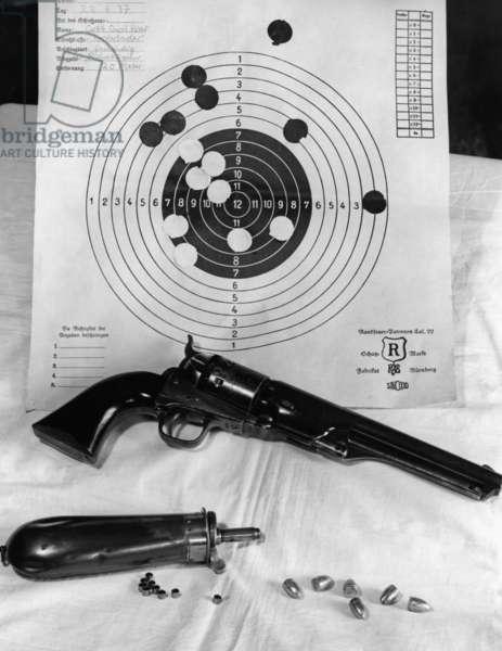 Colt revolver, 1937