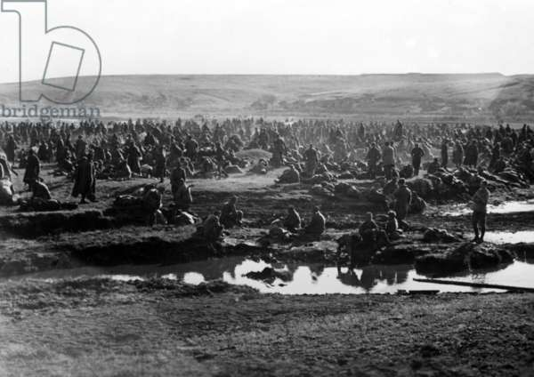 German prisoner of war camp on the Eastern Front, May 1942