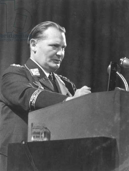 Hermann Göring during a speech, 1938 (b/w photo)