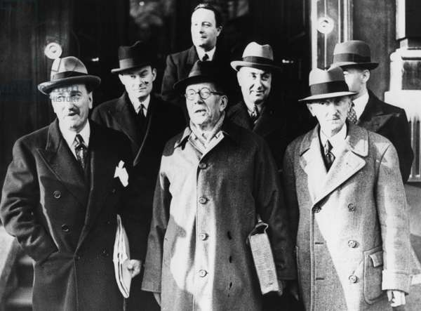 Five-power talks to discuss measures for aiding Jews in London, 1938 (b/w photo)