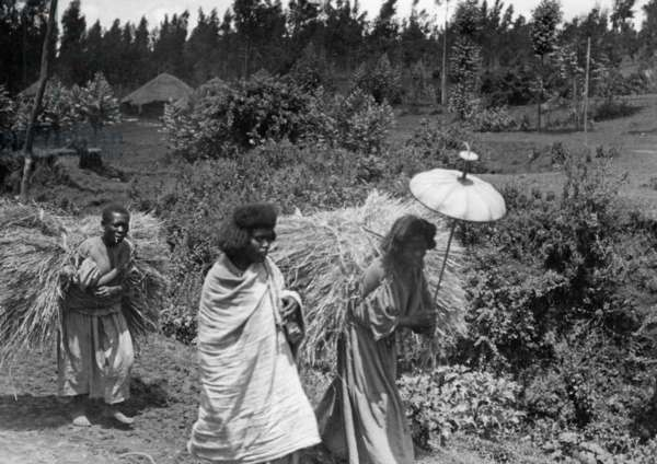 Slave women in Ethiopia, 1930 (b/w photo)