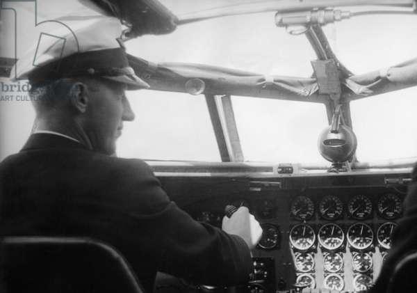 Siegfried Graf von Schack in the cockpit of a FW 200 'Condor' by Focke-Wulf, 1938 (b/w photo)