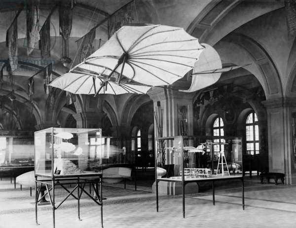 Flying machine of Otto Lilienthal, 1931 (b/w photo)