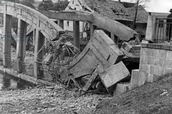 Destroyed bridge in Breitenfurt, 1938