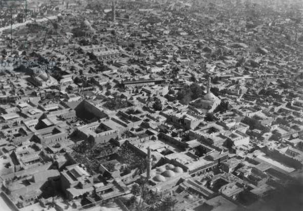 Aerial view of Baghdad, 1941 (b/w photo)