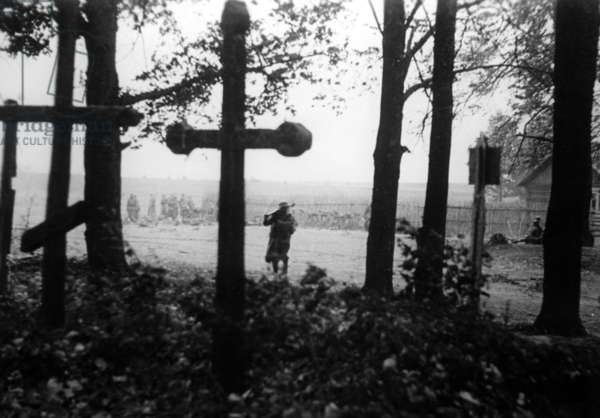 A cemetery and a soldier on the Eastern Front, 1941 (b/w photo)