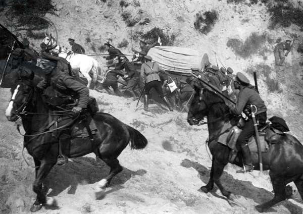Russian cavalry, 1914 (b/w photo)