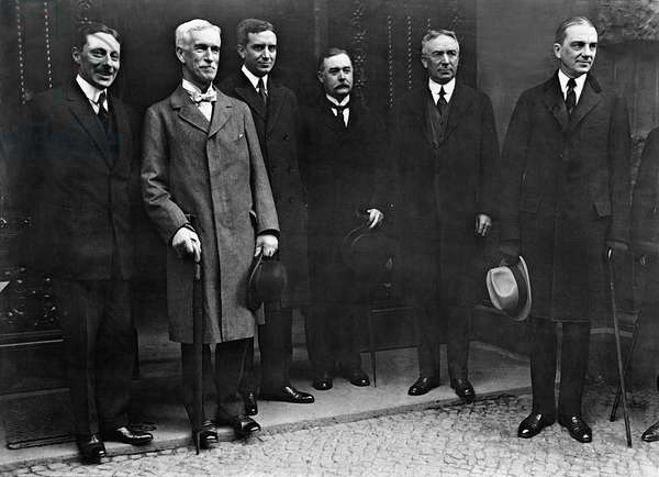 American financial expert Seymour Parker Gilbert arrives as the successor to Owen D. Young in Berlin, 1924 (b/w photo)