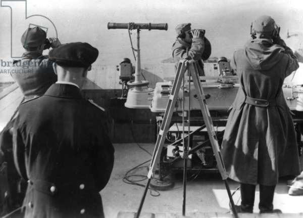 German observation posts along the Channel coast, 1941 (b/w photo)