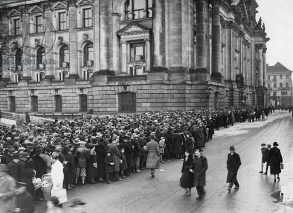 Visit of the burned-out Reichstag for the general public, 1933 (b/w photo)