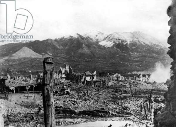 Ruins of the town of Cassino, 1944 (b/w photo)