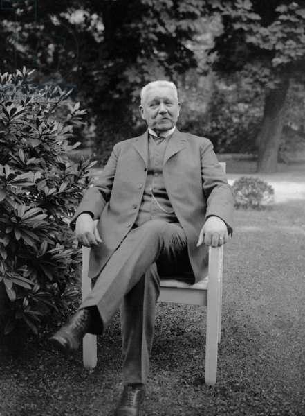 Paul von Hindenburg, 1925 (b/w photo)